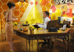 TOP 5 FAVORITE TV SHOW SETS BY JONNA ISAAC 1. Pushing Daisies2. Mad Men3. Alias4. Ugly Betty5. Gossip Girl