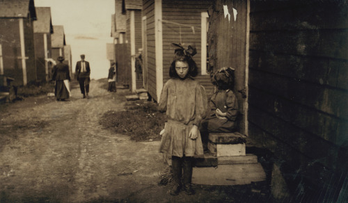 liquidnight: Lewis W. Hine -  Nan de Gallant, Eastport, Maine, 1911  - from The Library of Congress, Prints and Photographs Collections