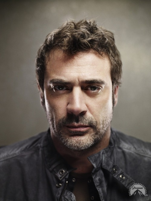 Jeffrey Dean Morgan (via fuzzyrush)