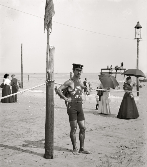 The Lifeguard: 1905 (Shorpy) Well, HELLO! o_O