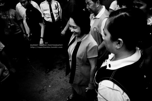 President Gloria Arroyo Visits Phil National Redcross -photographer : Rupert Tandoc