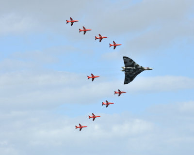 dannnao:  nemoi: Vulcan Formation (via G and R Photography)