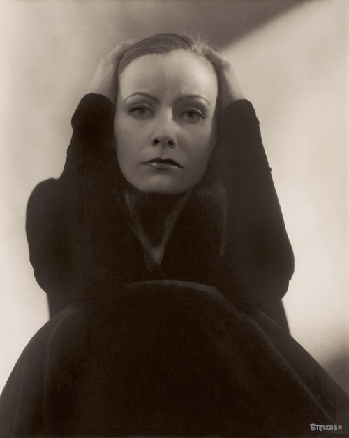 Greta Garbo Photographer:  Edward Steichen
