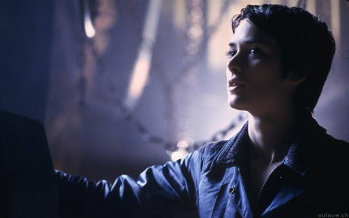 aliensandpredators:  Annalee Call (Winona Ryder) in Alien: Resurrection via a.bricout.free.fr