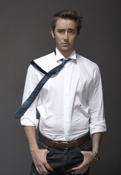 (via leepacehellyeah) I want him