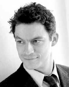 Last night walking through the West Village we saw Dominic West, who plays Jimmy McNulty on the Wire. I don't think I would have recognized him, but since my Hubs is the biggest Wire fan ever - he pointed him out.