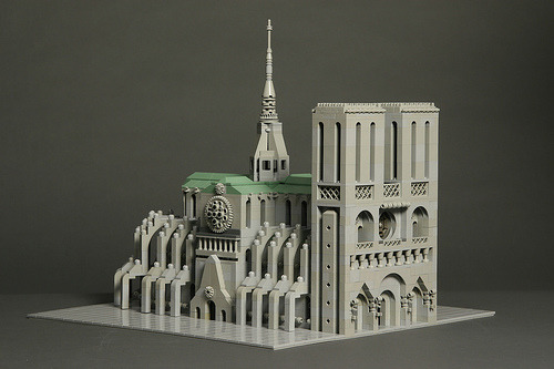 Notre Dame cathedral in LEGO by torgugick
