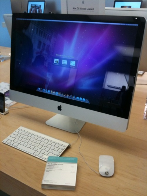 My iMac obsession in the flesh!
