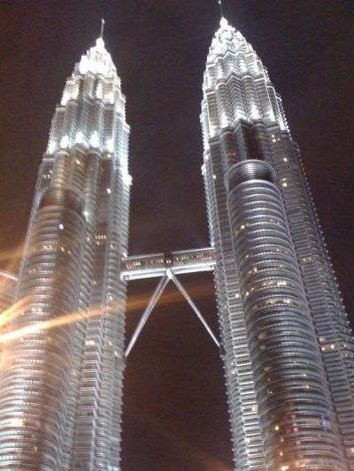 Petronas Towers in Kualur Lumpur look beautiful by night, very 'Metropolis'.