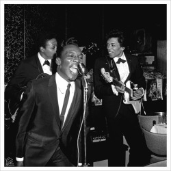 "deadgirls:  bigfun:  lacontessa:  Wilson Pickett and Jimi Hendrix.  Photo by William ""PoPsie"" Randolph."