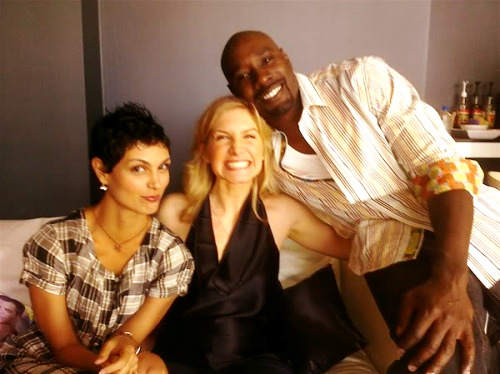(via brazzlefrat) Elizabeth Mitchell with her V co-stars, Morena Baccarin and Morris Chestnut