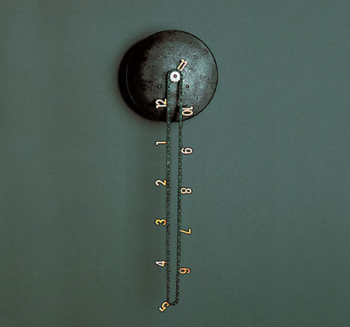 "classics:  thedailywhat:  Kickass Clock of the Day: The Catena Wall Clock by Andreas Dober utilizes copper digits and an upcycled bike chain to ""harken back to traditional mechanical clocks."" Look, ma — no hands: The figure closest to the central gear reflects the present time. [via.]"