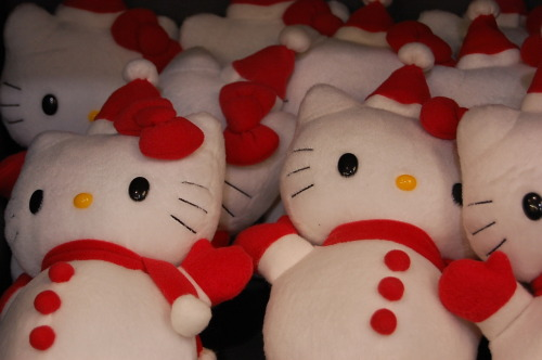 hello kitty snowman plush dolls