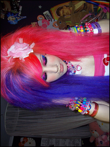 scene girl makeup. scene girl hair,