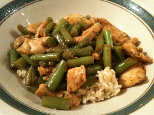 Chicken and string beans, a staple/regular on my limited menu.  Cubed and strips of chicken breast, pan fried with chopped garlic, olive oil, soy sauce, and a tiny splash of sesame oil, served on brown rice.  After the picture was taken, a healthy dollop of sriracha, of course.