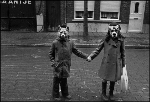 dashboard coincidences:more kids with masks;] lamouche:1970's (via goshkazdes)