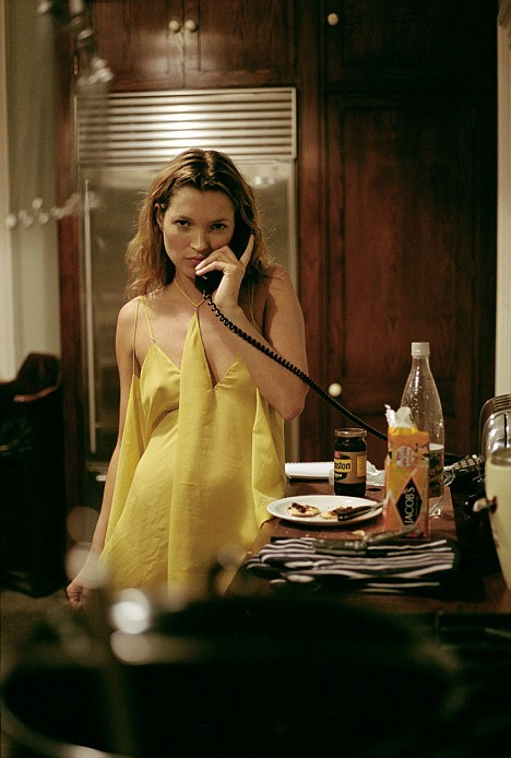 Kate Moss with crackers and Branston pickle  katemossisboss:(via rightintoit)