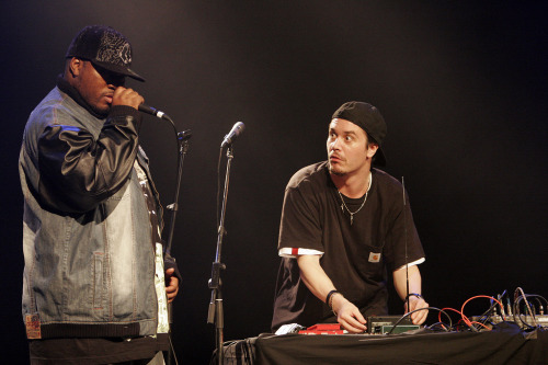 pattonmike:  Mike Patton and Rahzel, at Fimav (2006) (photo: http://www.flickr.com/photos/m-c/sets/72057594116879224)