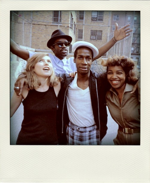 tralielalie:  sprbd:  Blondie, Fab five freddy & Grandmaster Flash   YES
