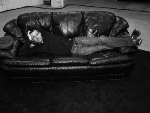justdrh:  He Mixes. Front Of  House. Reclining.  On a fine (p)leather couch. …..and you love it  I do love it!