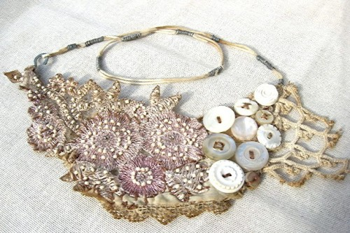 aunatural:  sweetpeapath:  emmageorge: Mixed materials necklace including crochet, beads, buttons and lace  via ny-image0.etsy.com    (via emmageorge-deactivated20120503)