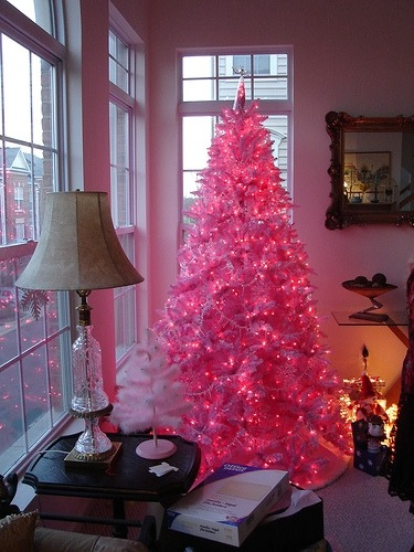 pinkaliciousgirl:  fuckyeahpink:  It's Christmas time, right? Here's an idea for you pink lovers, haha. (click the picture for the source)