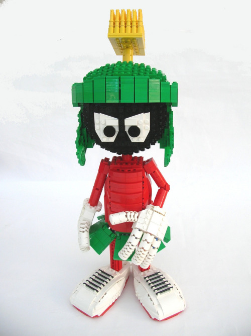 legos:  alongwaytogohome:  Marvin the Martian  Wow.  That is great.  I remember some people in high school would call me Martin the Martian, I forgot who it was. Honestly, it sounded lame then and it still sounds lame now. HAHA :P
