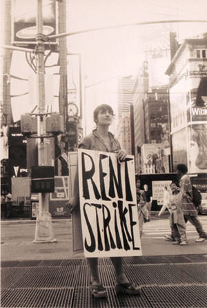 The Bruce High Quality Foundation, Rent Strike! (Ongoing Urban Interventions), Time Square, 33 x 50,8 cm, c-print, 2007