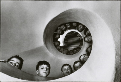librarianista:  liquidnight:  Martine Franck Children's Library Clamart, France, 1965 From Martine Franck by Louise Baring