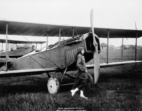 Pioneering aviatrix Katherine Stinson and her Curtiss aeroplane, circa 1910.