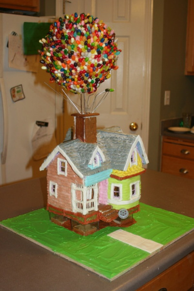 "mindibartell:  via i109.photobucket.com isn't this darling?!  It's an ""Up"" themed gingerbread house!  :)  I want this as my Birthday cake!!!!!!! Wow!"