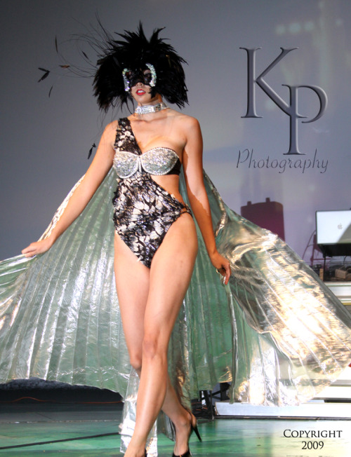 "Fashion by ""VH1 Glam God"" Indashio, as well as Hawaii's own Zhanneta Sharov & Valerie Joseph. All images Copyright Kalena Paty Photography."