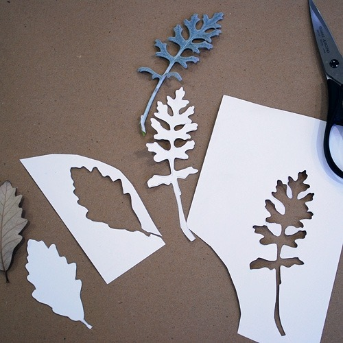mollyirwin:  I always love a good process shot. felt leaf tutorial from Heather Smith Jones @ cafe mom