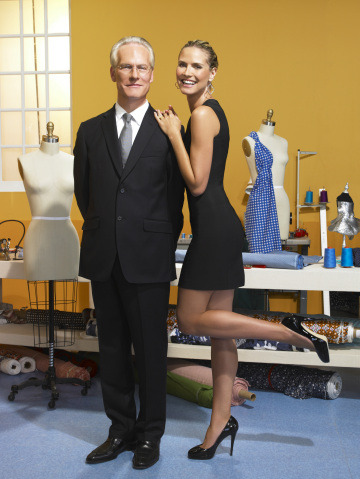 project runway season 7 returns january 14th. this is the kind of news that makes it easier for me to get out of bed everyday.