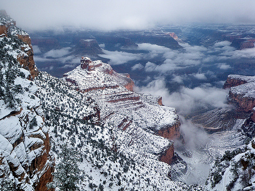 Snow abating & fog lifting - Bright Angel Trail - Grand Canyon (via Al_HikesAZ)