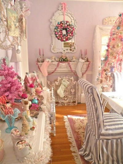 robot-heart:  Alkemie: A Pastel Christmas ~ Shabby Chic Christmas ~ Merry Christmas Everyone!