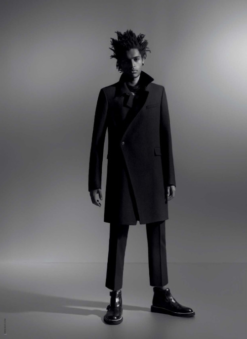 Man Moment: Thiago Santos' Dior Homme Fall 2009 campaign. Photo by Karl Lagerfeld (via The Fashionisto)