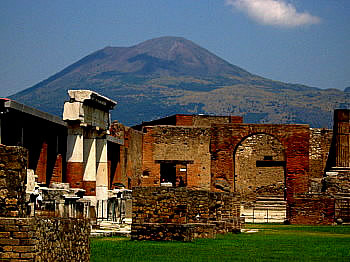 hikenow:  Pompeii with Vesuvio volcano in bacground