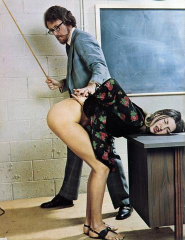 (via justcrap, somekindalove)  spank it hard!
