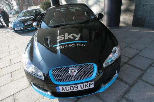 velovelovelo:  How great is team sky? they even have Jags as team cars!