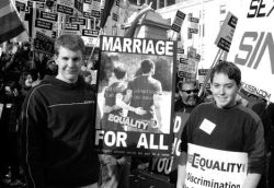 Gay marriage Rallies01 (via Violentz)