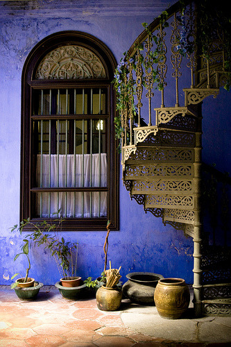 xenabitesback:    Georgetown, Penang, Malaysia - love the metalwork on the staircase.   (via )