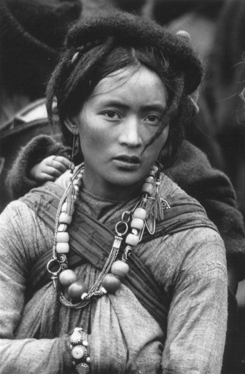 yuan29yuan:via www.asianart.com Nomad of Bhutan (via intrepidwanderer)