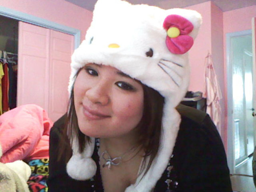 Hello Kitty Plush Hat  Submitted by linalala