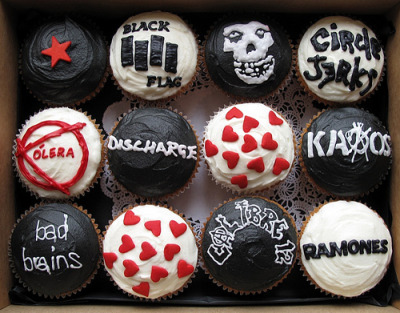 sarah-a:  crookedhead:  jessiebarber:  Umm, I want punk rock cupcakes!  March 17th. Someone NEEDS to make these for me   Can we get Clever Cupcakes to make some of these for CJLO's next punk rock night (February 4th)? We need one with a Fucked Up logo plz.