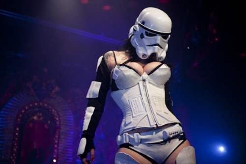 Star Wars burlesque. March 16. Bordello in LA. Get on it.