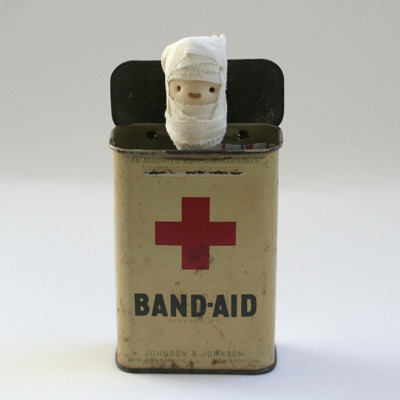 Band-Aid Box from the Smiling Happy People series by Sarah Neuburger GIEV!