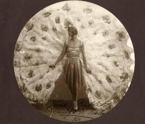so30s:  anonymous,peacock dancer,'925 crashinglybeautiful:Lartigue. 1930. Bibi a l'hotel des Alpes (from All Things Amazing)