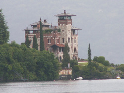 This is the villa which was used in the final scenes of the James Bond film Casino Royale. Villa La Gaeta, takes its name from the point on which it stands. The villa was designed in the Twenties by the study of Gino and Adolfo Coppedè for industrial Ambrosoli; was built  with a particular style and very eclectic. It is shaped like a medieval castle and Renaissance together with reasons included the Art Nouveau period. In 1940 the villa-castle became the property of the Counts Gerli, today, restored and divided into apartments.  photo by: Rosemary Quinton