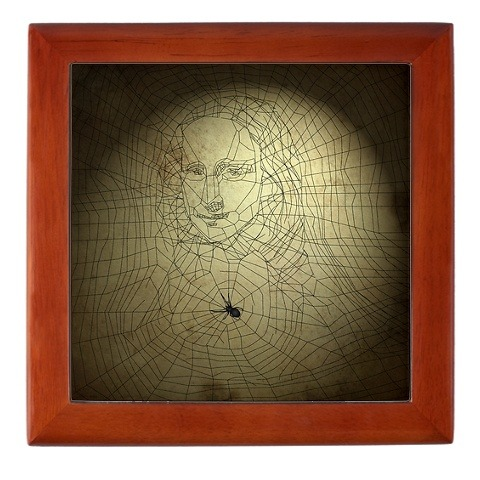 A Cool Spider Spins Mona Lisa  (via dreamerboxdesign)